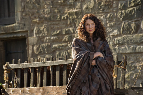 Outlander 2014 TV Series karatasi la kupamba ukuta entitled Outlander - Episode 1.12 - Lallybroch