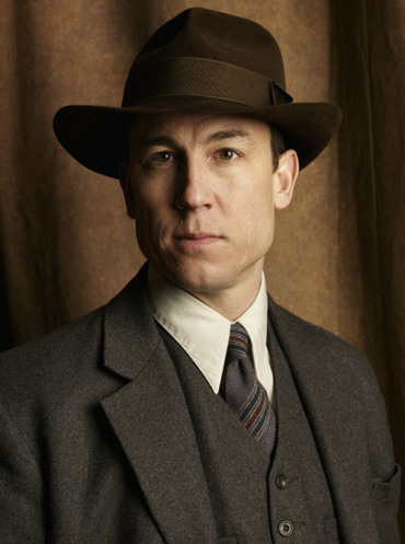 Outlander Season 1 Frank Randall Official Picture