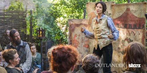 "Outlander 2014 TV Series karatasi la kupamba ukuta probably with a mitaani, mtaa called Outlander ""The Search"" (1x14) promotional picture"