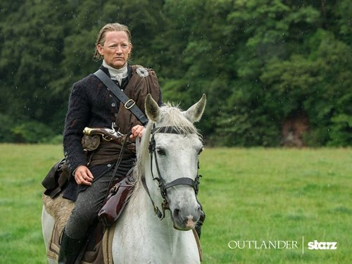 "Чужестранка (2014, сериал) Обои containing a horse trail, a dressage, and a racehorse called Outlander ""The Watch"" (1x13) promotional picture"