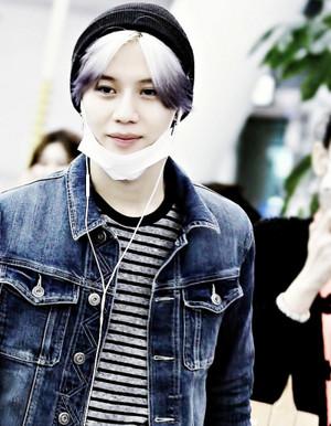 Purple hair Taemin 2015