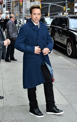 RDJ at the 'Late 显示 With David Letterman' taping at the Ed Sullivan Theater in NYC.