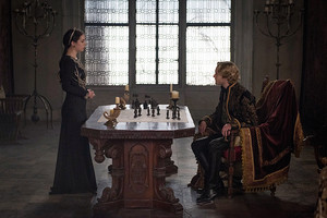 "Reign ""The Siege"" (2x21) promotional picture"