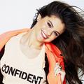 Selena ~ Confident