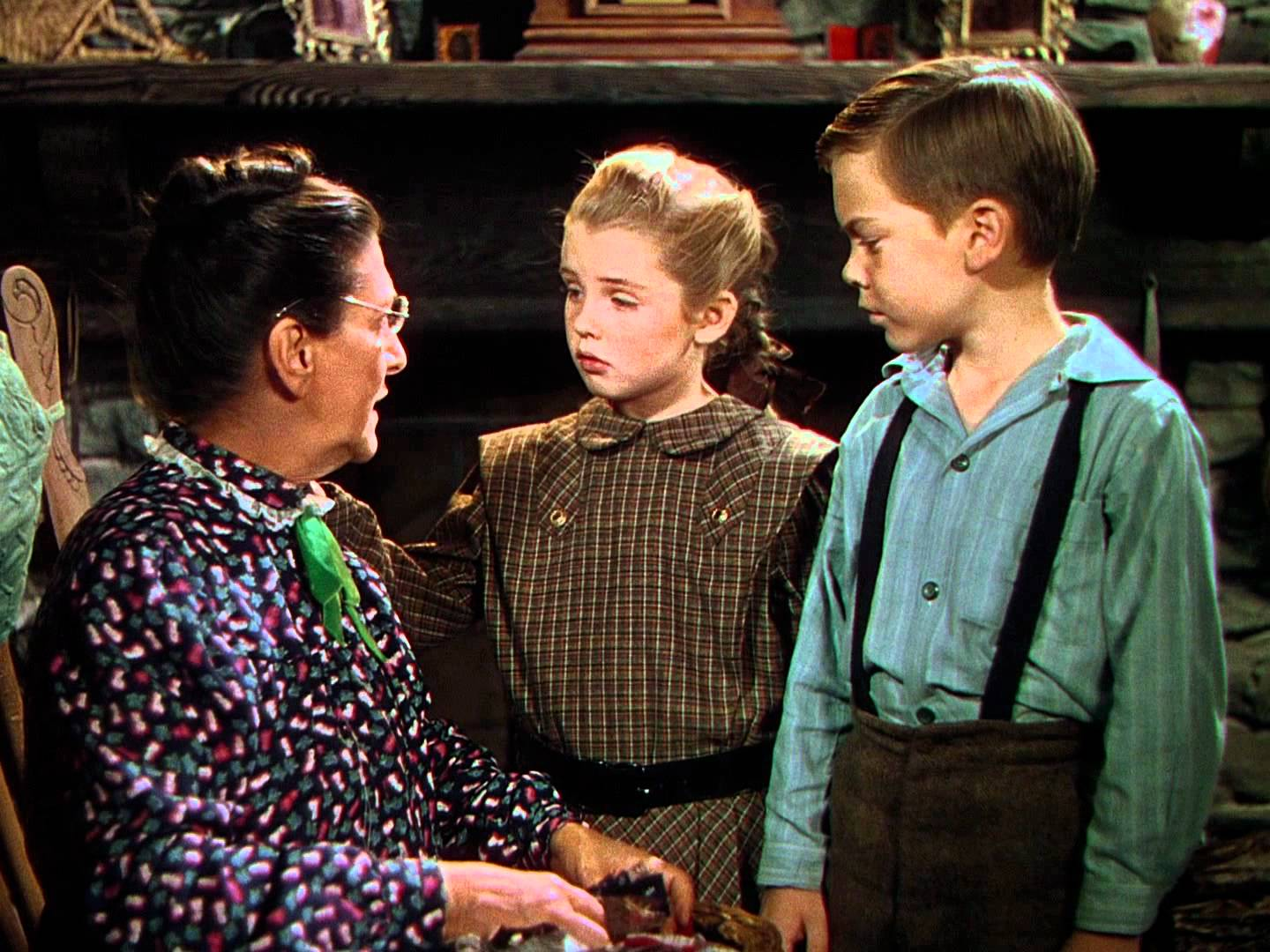 So Dear to My corazón (1948) - Granny Kincaid, Tildy and Jeremiah