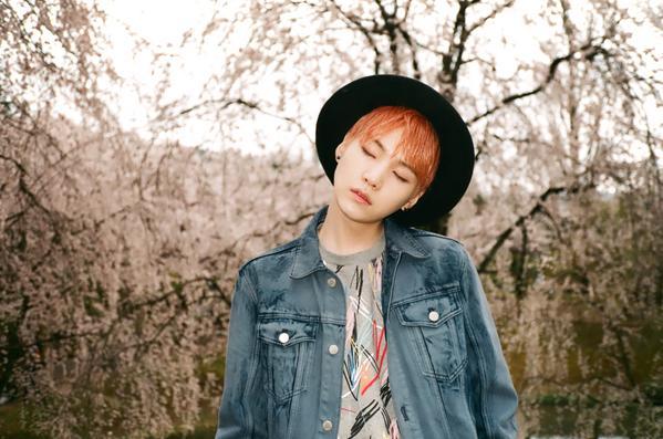 Suga 'Mood for Love : Blossom' concept photo