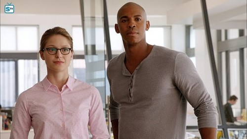 Supergirl (2015 TV Series) hình nền possibly containing an outerwear, a bathrobe, and a well dressed person entitled Supergirl - Episode 1.01 - Pilot - Promo Pics