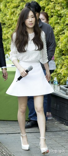 taeyeon (snsd) wallpaper probably with bare legs, hosiery, and a hip boot titled Taeyeon at Nature Republic