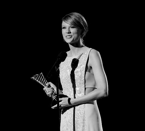 Taylor nhanh, nhanh, swift hình nền entitled Taylor nhanh, swift