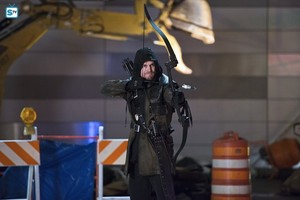 The Flash - Episode 1.22 - Rogue Air - Promo Pics