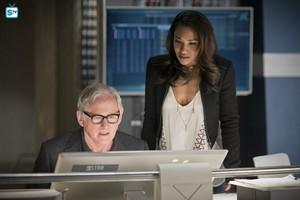 The Flash - Episode 1.23 - Fast Enough - Promo Pics
