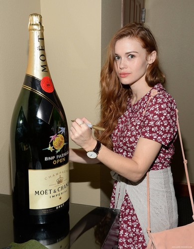 Holland Roden wallpaper containing a medoc, a merlot, and a cabernet called The Moet And Chandon Suite At The 2015 BNP Paribas Open