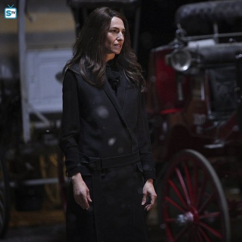Teen テレビ shows 壁紙 titled The Originals 2.22 ''Ashes to Ashes''