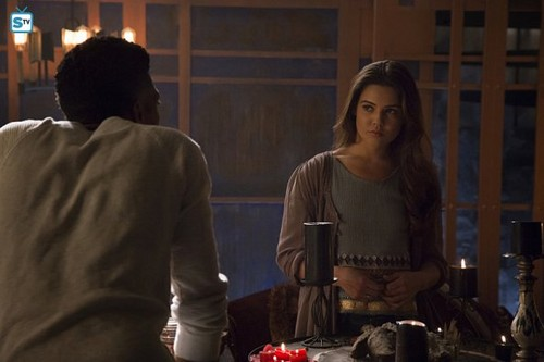 The Originals پیپر وال containing a سٹریٹ, گلی titled The Originals - Episode 2.22 - Ashes to Ashes - Promo Pics