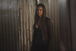 The Vampire Diaries 6.22 ''I'm Thinking of bạn All the While''