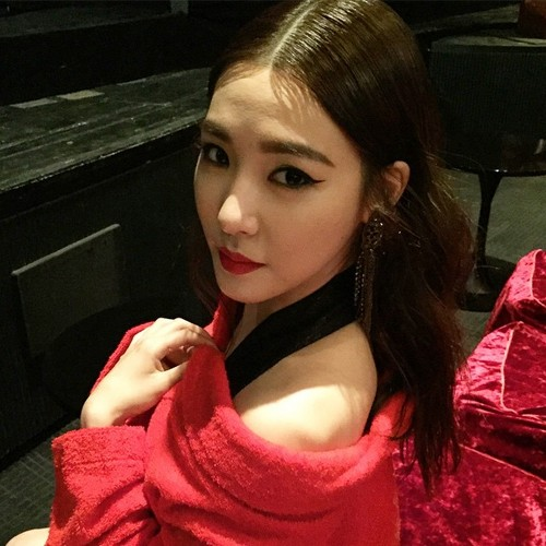 "少女时代 壁纸 entitled Tiffany Featured on ""Allure Korea"" Instagram"