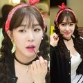 Tiffany in hati, tengah-tengah a Tag