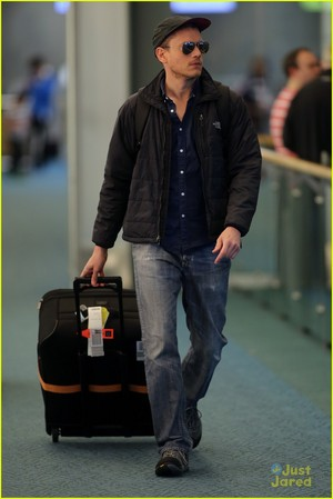 Wentworth Miller Vancouver International Airport(9 april)