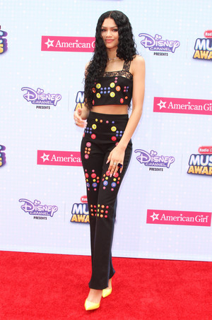 Zendaya on the Radio Дисней Музыка Awards 2015 red carpet