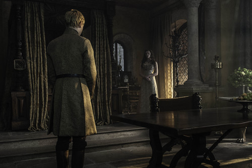 Margaery Tyrell kertas dinding possibly with a drawing room, a living room, and a parlor entitled margaery and tommen