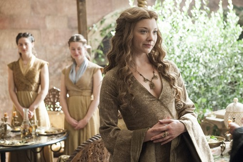 Margaery Tyrell wallpaper possibly with a street entitled margaery tyrell