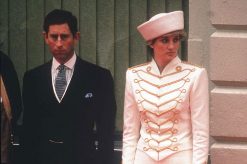 Prinzessin Diana Hintergrund with a business suit and a suit entitled princess diana
