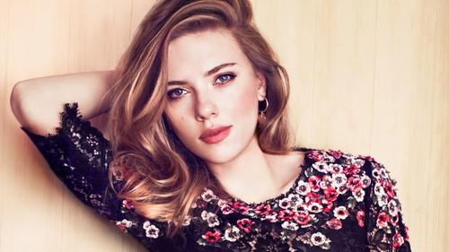 scarlett johansson wallpaper probably with a portrait called <3 Beautiful Scarlett <3