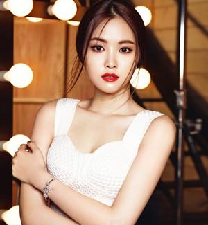 A-PINK Naeun for Sure Magazine June 2015