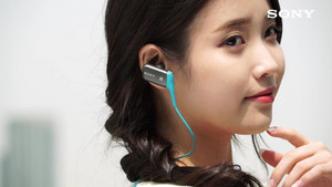 [CAPS] IU(アイユー) for Sony MDR Ad Making