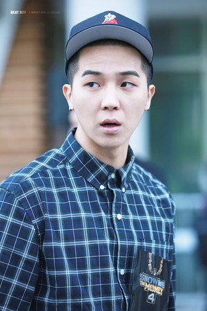 [HQ FANTAKEN] चित्रो : 150510 MINO at SMTM4 audition venue