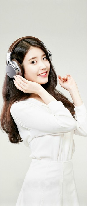 [HQ] IU for Sony Photo (Logo Removed)  806x1900