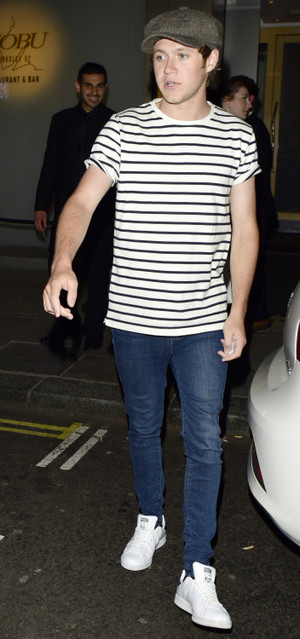 Niall out in Luân Đôn