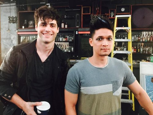 Alec & Magnus 壁紙 entitled 'Shadowhunters' on set