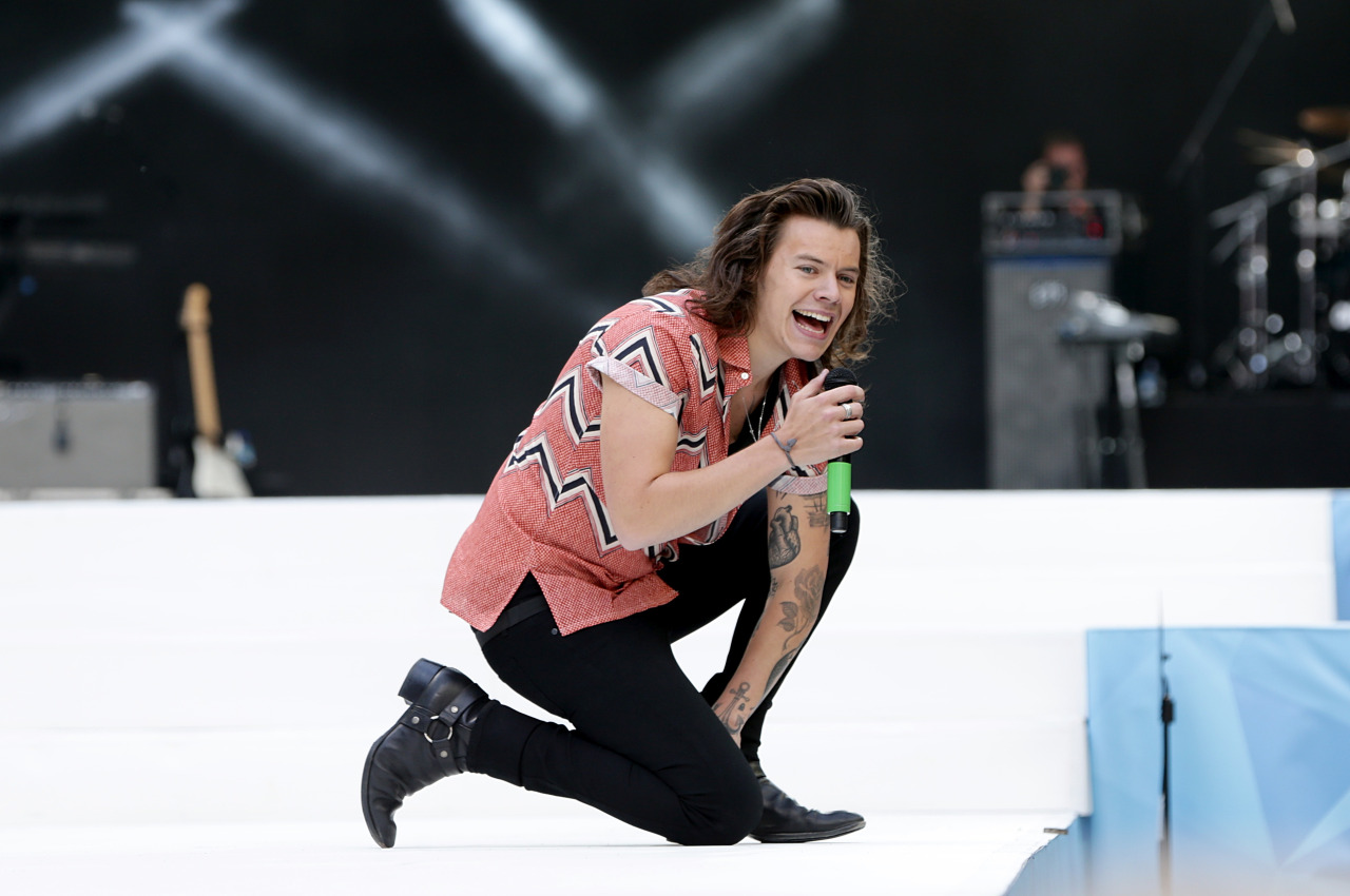 Cool Wallpaper Mac Harry Styles - -Summertime-Ball-2015-harry-styles-38544173-1280-850  Collection_3812100.jpg