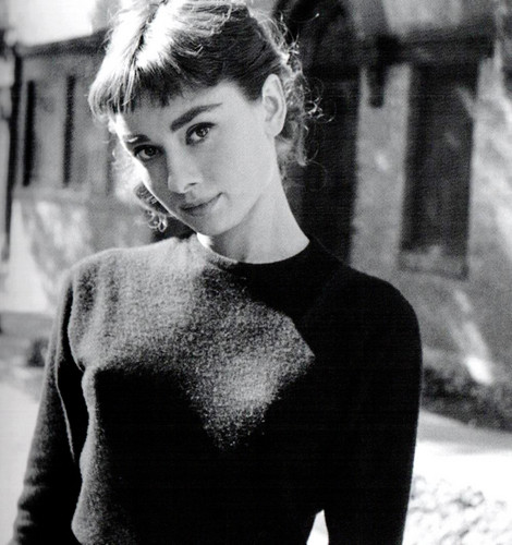 Selena 01 Wallpaper Entitled Audrey Hepburn
