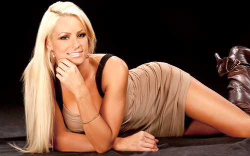 Maryse Ouellet wallpaper possibly containing bare legs, hosiery, and a hip boot entitled Beautiful Maryse