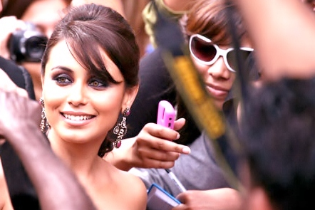 Rani Mukherjee wallpaper probably with sunglasses called Bestie among all!!!!