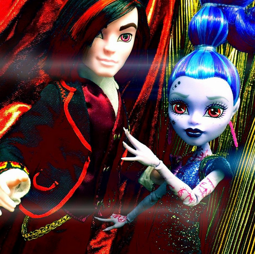 Monster High hình nền titled Comic Con 2015 búp bê