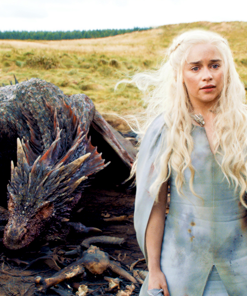 Daenerys Targaryen and Drogon - Game of Thrones Fan Art ...