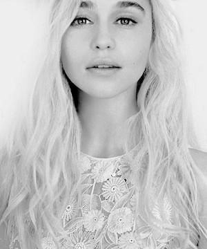 Emilia প্রতীকী