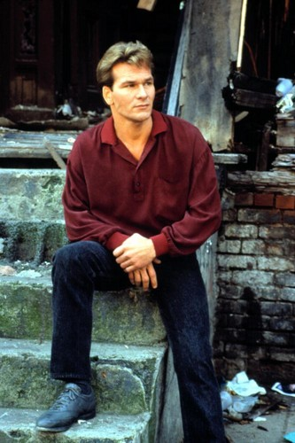Patrick Swayze wallpaper containing a business suit and a street titled Ghost
