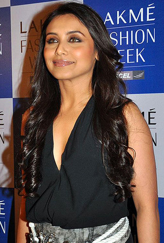 Rani Mukherjee wallpaper containing a portrait called Gorgeous Smile Ever!