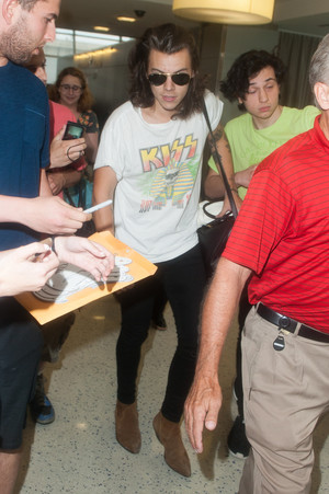 Harry at the airport in NYC