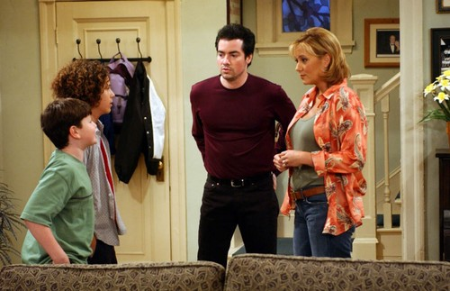 Grounded For Life images Henry, Jimmy, Eddie and Claudia ... | 500 x 323 jpeg 50kB