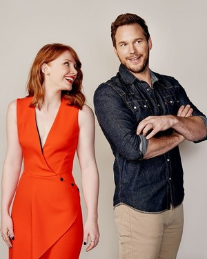 Jurassic World' Cast تصویر Shoot · Bryce Dallas Howard