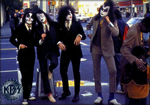 KISS ~March 20, 1975 (NYC)