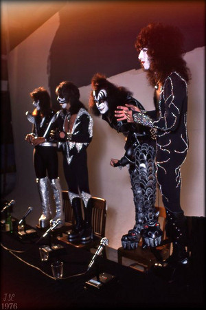 키스 (NYC) April 9, 1976