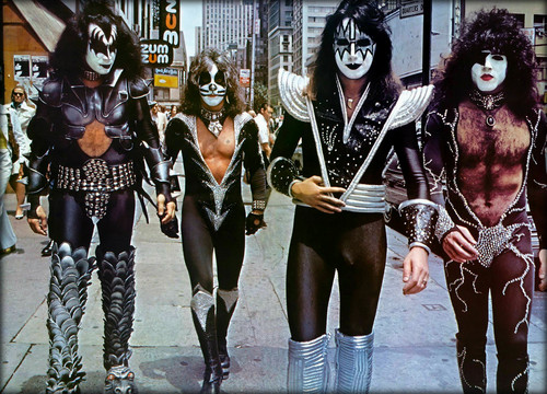Kiss Обои called Kiss (NYC) June 24, 1976