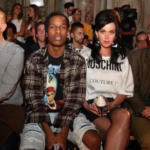 Katy at the Moschino Fashion Zeigen