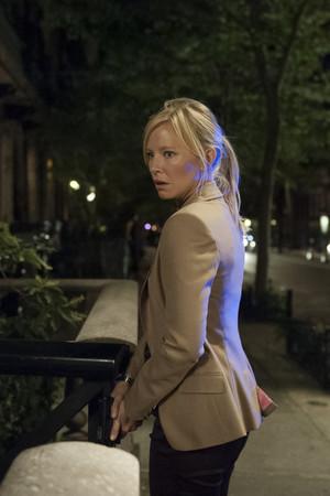 """Kelli Giddish as Amanda Rollins in Law and Order: SVU - """"American Tragedy"""""""